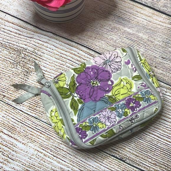 Vera Bradley Small Makeup Travel Bag da275e1fc90c1